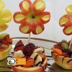 Früchtebecher mit Apfelblumen
