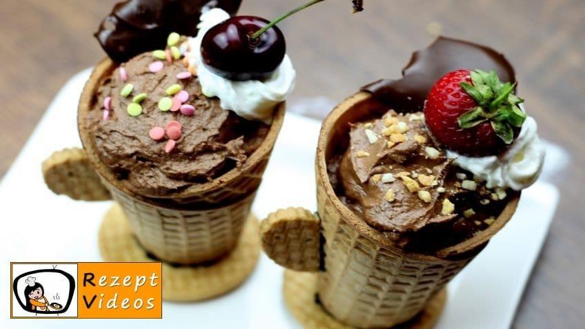 Mit Schokolade gefüllte Eiswaffel