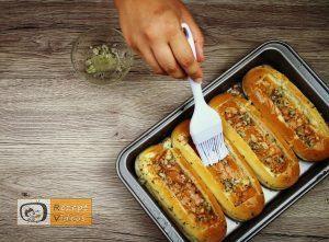 Hotdog mit Bolognesesauce Rezept - Zubereitung Schritt 3