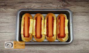 Hotdog mit Bolognesesauce Rezept - Zubereitung Schritt 6