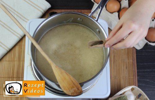 Einfache Eiersuppe Rezept - Zubereitung Schritt 3