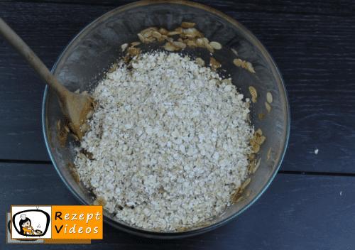 Hausgemachte Müsliriegel Rezept - Zubereitung Schritt 6