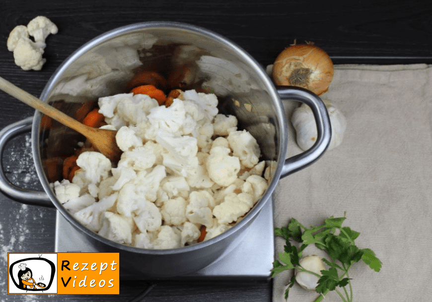 Blumenkohlsuppe mit Sauerrahm Rezept - Zubereitung Schritt 4
