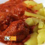 Fleischklöße mit Tomatensoße