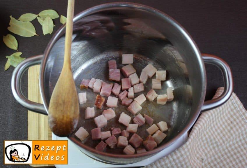 Szegediner Gulasch Rezept Zubereitung Schritt 1