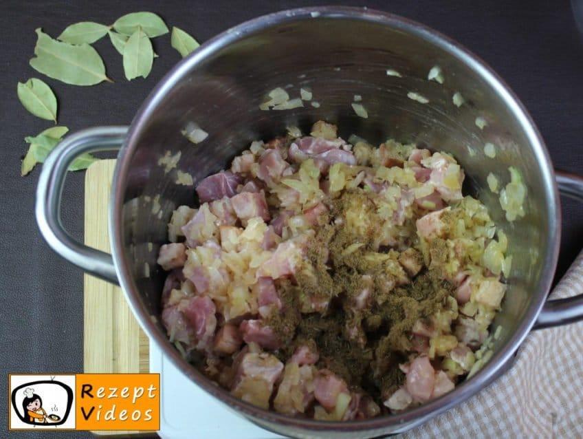 Szegediner Gulasch Rezept Zubereitung Schritt 3