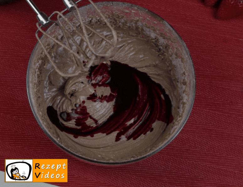 Valentinstag Mini Früchte Red Velvet Cake Rezept Zubereitung Schritt 8