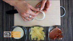 Mit Käse und Schinken gefüllte Zwiebelringe Rezept Zubereitung Schritt 2