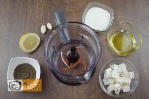 Tomaten-Tulpen mit Fetafüllung Rezept - Zubereitung Schritt 1
