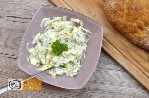 Mit Käse und Kräutern gefülltes Brot Rezept - Zubereitung Schritt 1