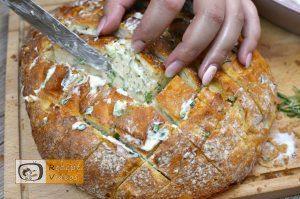 Mit Käse und Kräutern gefülltes Brot Rezept - Zubereitung Schritt 3