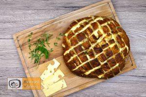 Mit Käse und Kräutern gefülltes Brot Rezept - Zubereitung Schritt 5