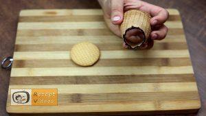 Mit Schokolade gefüllte Eiswaffel Rezept - Zubereitung Schritt 2