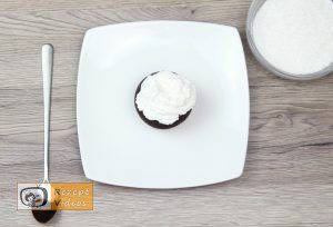 Panda-Muffins Rezept - Zubereitung Schritt 4