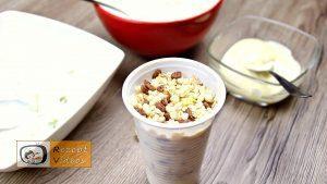 Jogurt-Eis mit Früchten Rezept - Zubereitung Schritt 2