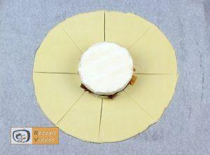 Gefüllte Camembert-Brötchen Rezept - Zubereitung Schritt 7