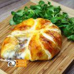 Gefüllte Camembert-Brötchen