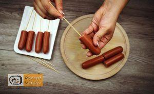 Im Pfannkuchenteig gebackene Käse-Bacon-Würstchen Rezept - Zubereitung Schritt 1