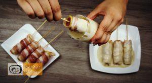 Im Pfannkuchenteig gebackene Käse-Bacon-Würstchen Rezept - Zubereitung Schritt 5
