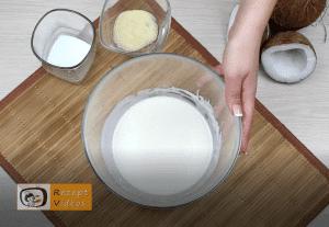 Kekssalami im Kokosmantel Rezept Zubereitung Schritt 1