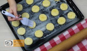 Käse-Pogatschen Rezept - Zubereitung Schritt 9