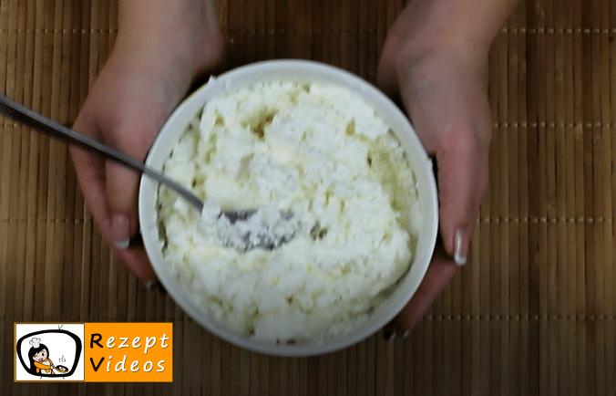 Klassischer Quarkpfannkuchen Rezept Zubereitung Schritt 5