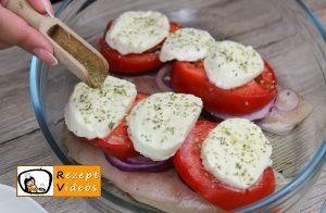 Hähnchenbrust mit Mozzarella und Tomaten Rezept Zubereitung Schritt 10