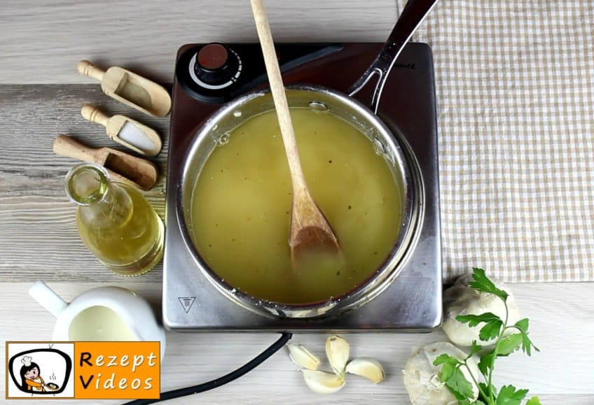 Knoblauchcremesuppe Rezept - Zubereitung Schritt 3