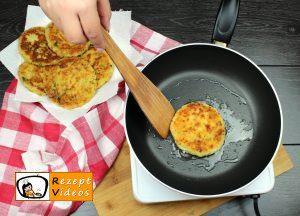 Mit Käse gefüllte Kartoffeltaler Rezept Zubereitung Schritt 10