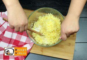 Mit Käse gefüllte Kartoffeltaler Rezept Zubereitung Schritt 2