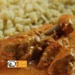 Paprika-Hähnchen mit Sauerrahm