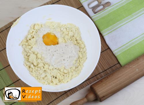 Butterpogatschen Rezept - Zubereitung Schritt 2