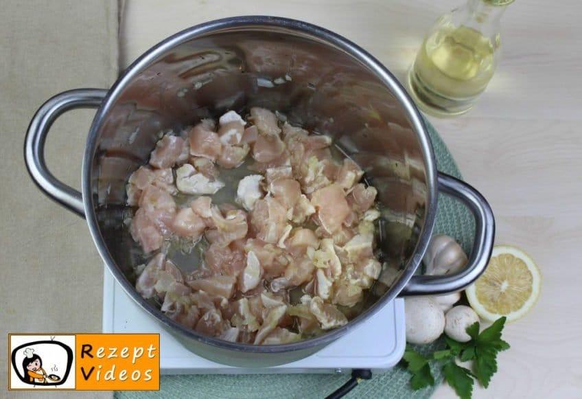 Estragon-Ragout-Suppe Rezept - Zubereitung Schritt 1