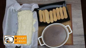 Karamell-Löffelbiskuit-Schnitten Rezept Zubereitung Schritt 10