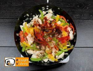 Hähnchen-Gemüse-Penne Rezept - Zubereitung Schritt 4