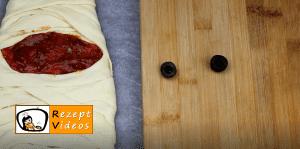 Mumien-Pizza Rezept Zubereitung Schritt 4