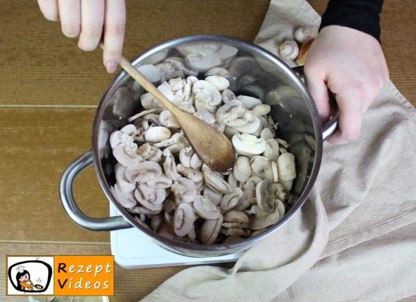 Pilzcremesuppe Rezept - Zubereitung Schritt 2