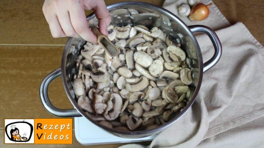 Pilzcremesuppe Rezept - Zubereitung Schritt 4