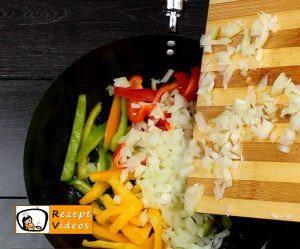Hähnchen-Gemüse-Penne Rezept - Zubereitung Schritt 2