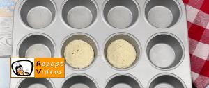 Eiermuffins mit Käse und Bacon Rezept - Zubereitung Schritt 2