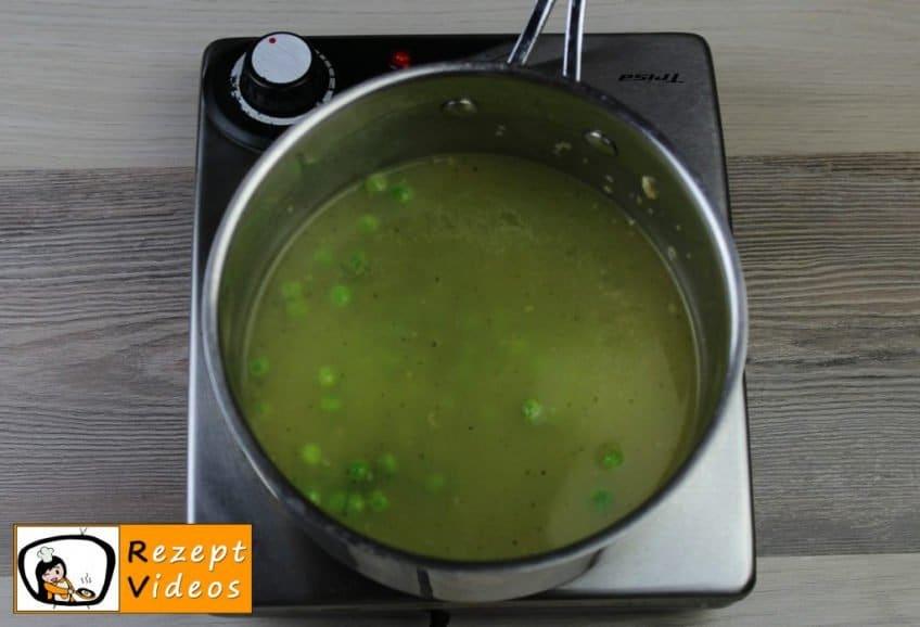 Erbsencremesuppe Rezept Zubereitung Schritt 3