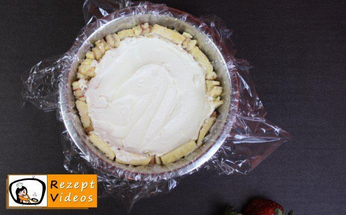 Erdbeer-Frischkäse-Charlotte Rezept- Zubereitung Schritt 11