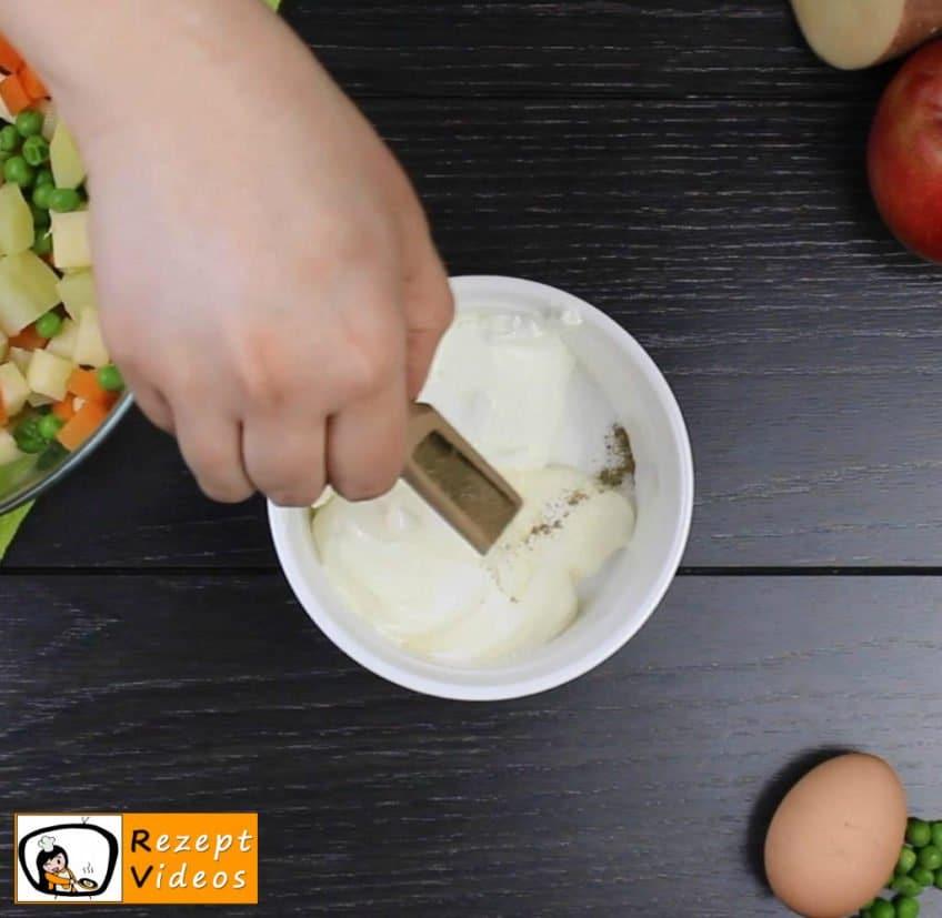 Mayonnaise-Salat Rezept Zubereitung Schritt 2