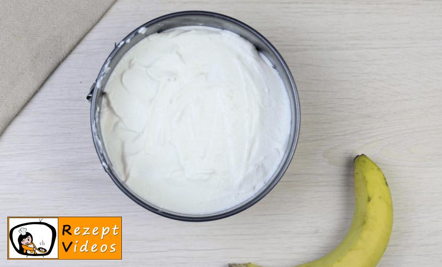 Bananen-Joghurt-Torte Rezept - Zubereitung Schritt 4