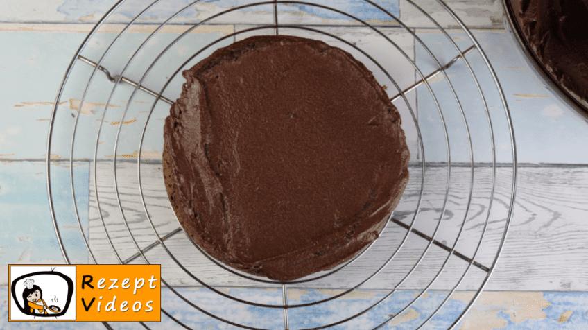 Schokoladentorte Rezept - Zubereitung Schritt 11