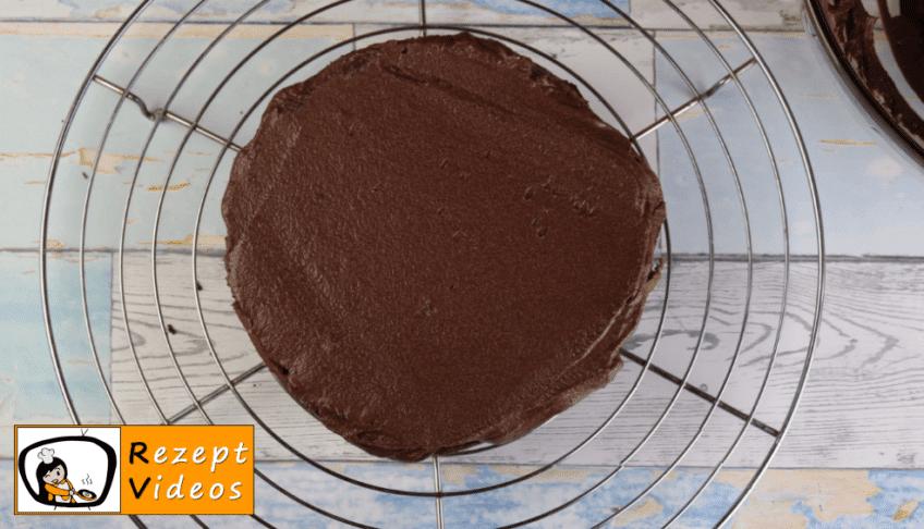 Schokoladentorte Rezept - Zubereitung Schritt 9