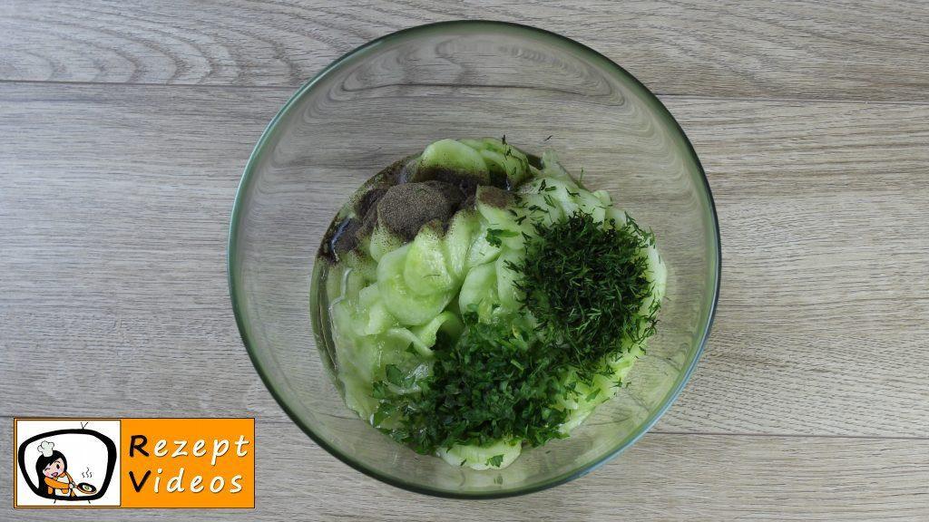Gurkensalat Rezept - Zubereitung Schritt 3