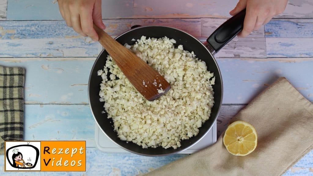 Hähnchencurry mit falschem Reis Rezept - Low Carb Rezept - Zubereitung Schritt 1