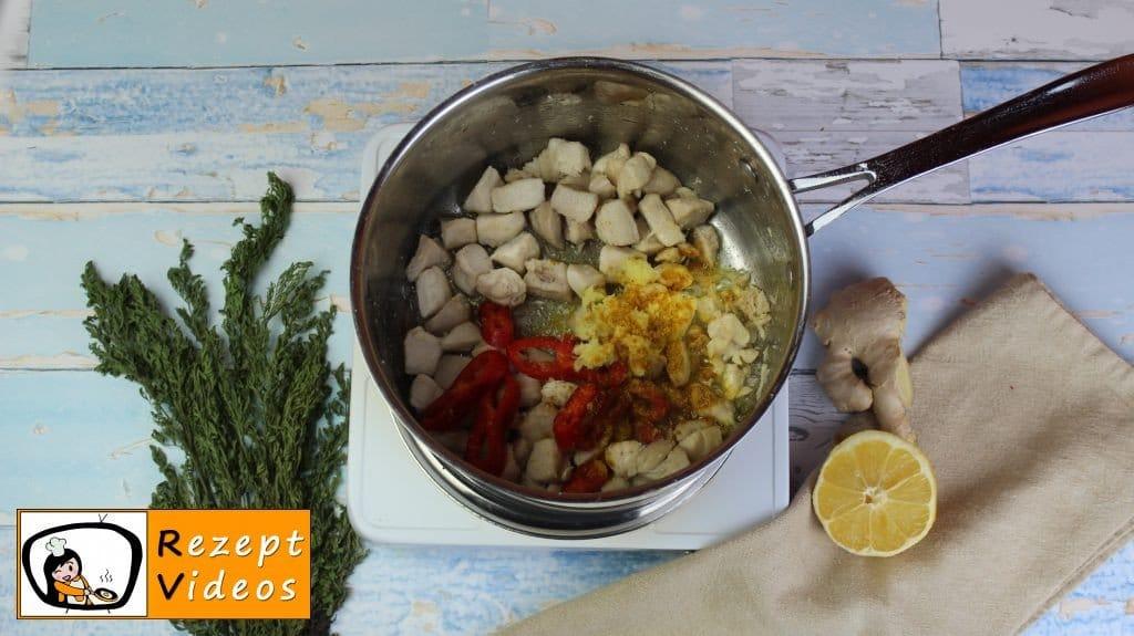 Hähnchencurry mit falschem Reis Rezept - Low Carb Rezept - Zubereitung Schritt 3