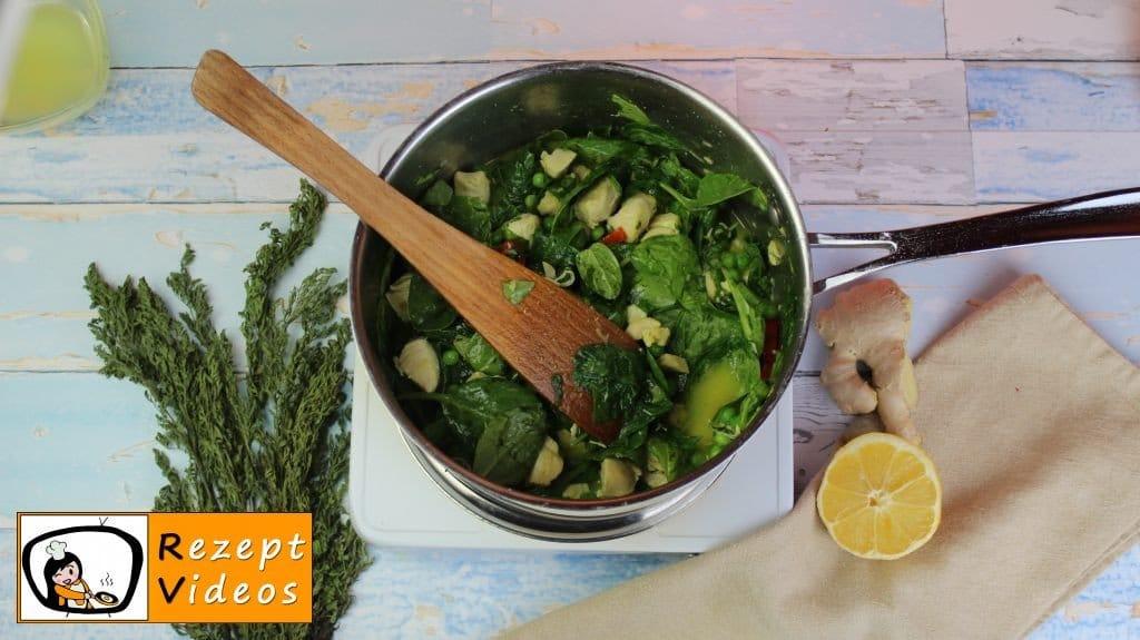 Hähnchencurry mit falschem Reis Rezept - Low Carb Rezept - Zubereitung Schritt 4